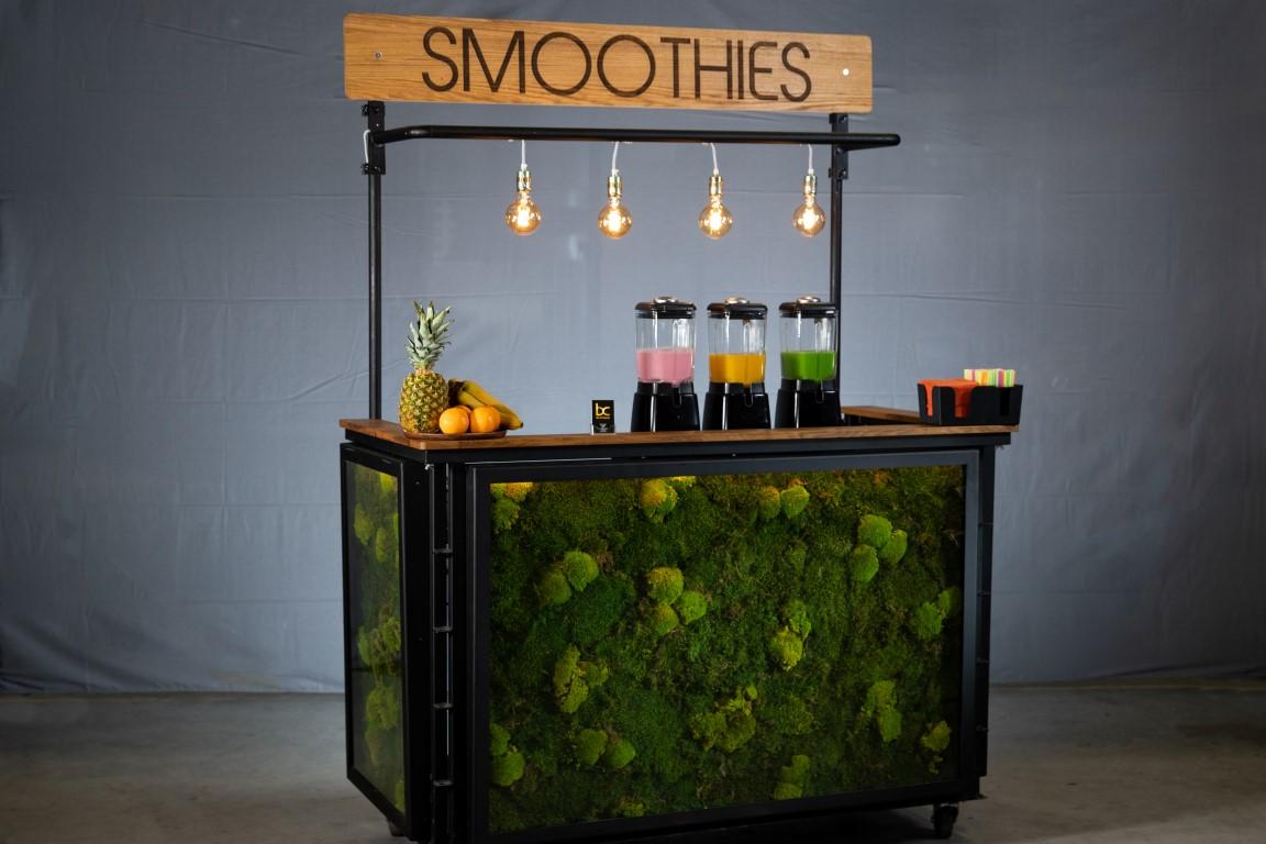 Mobiel Kantoor Huren : Bekijk fotos van onze smoothies en mobiele smoothiebars op locatie.