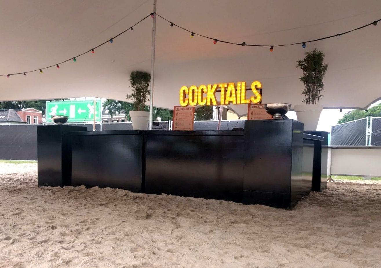 Premix cocktails op festival