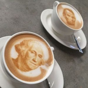 barista huren op de beursstand met koffie printer