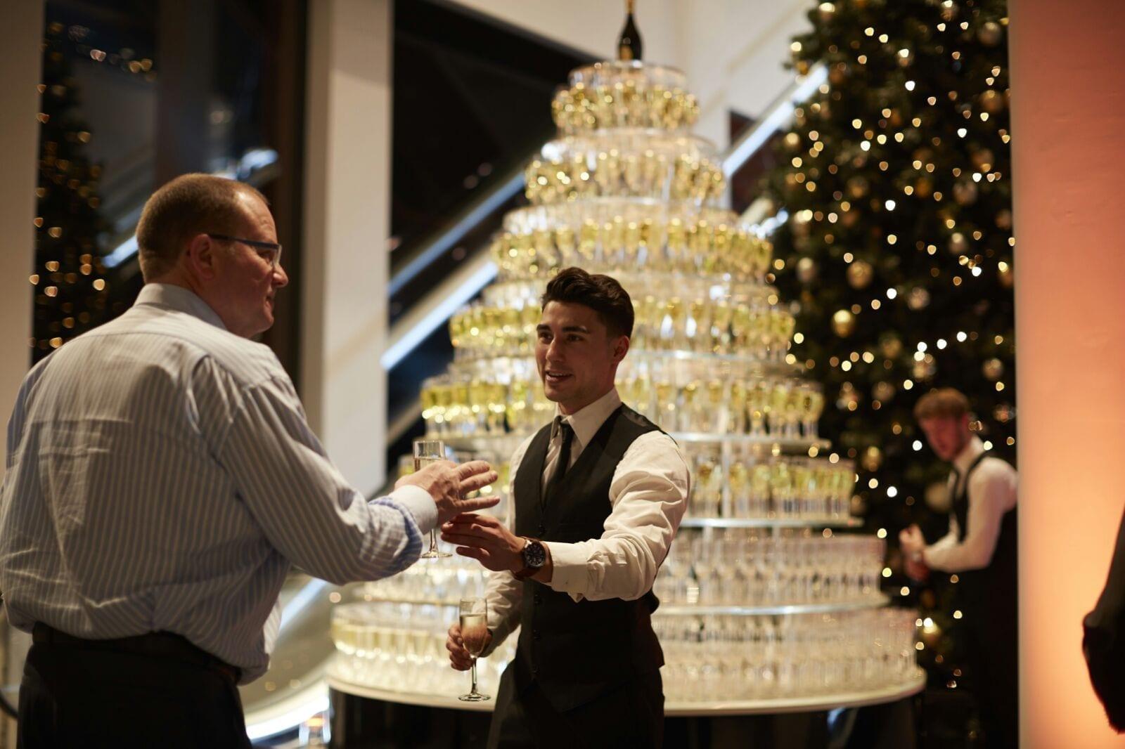 Grand Tower Deluxe champagnetoren van Bar Company