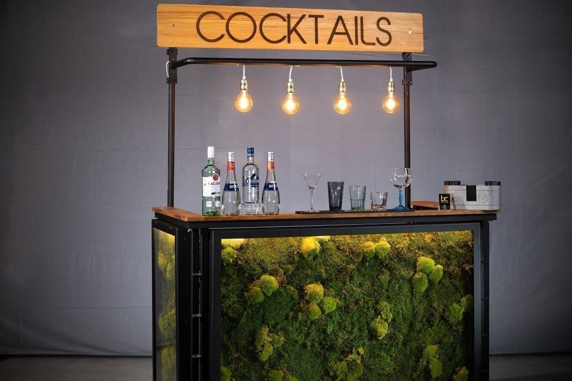 Mobiele cocktailbar met mos huren bij Bar Company