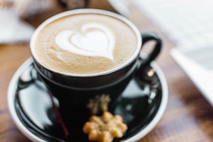 Barista huren op je bruiloft met koffiebar - Bar Company