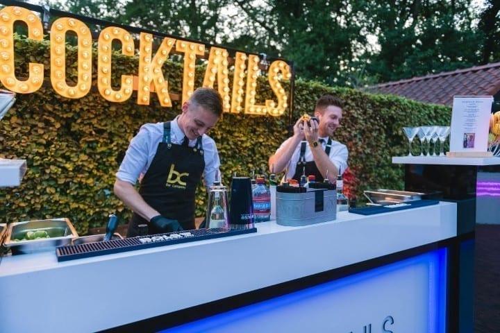 Cocktailbar huren op je verjaardag feest - Bar Company
