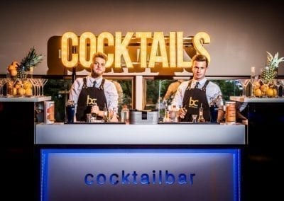 Cocktailbar huren op je personeelsfeest - Bar Company