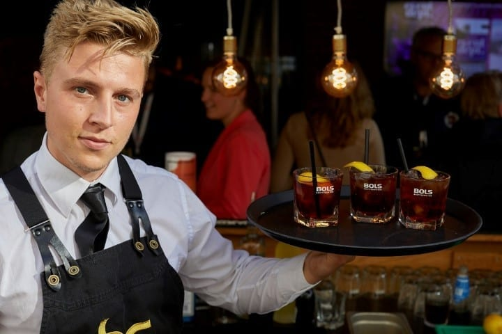 Cocktailshaker huren met cocktailbar - Bar Company
