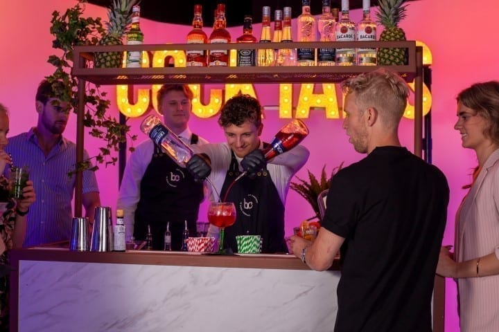 Cocktailshaker inhuren - Bar Company