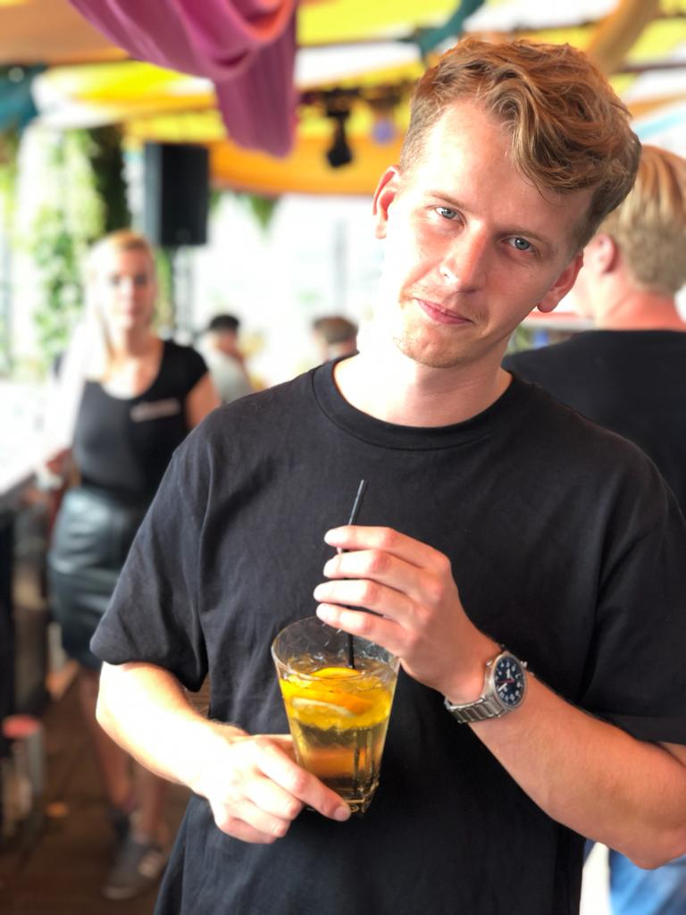 Thomas Eeuwes - Bar Company